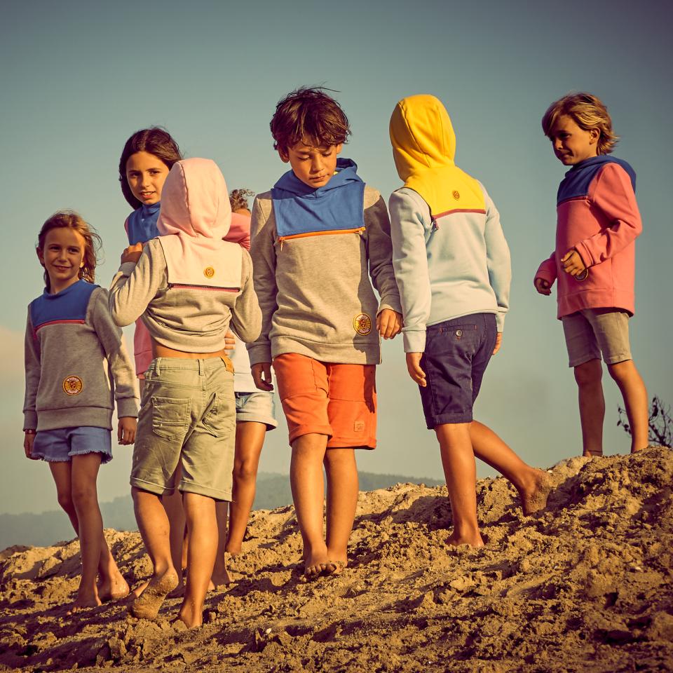 Txoko Surf Wear: sudaderas Camaleón® para niños